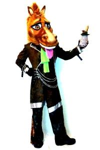 Символ 2014 года Конь в пальто